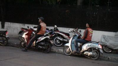 タイの男は「仕事をしない」のではなく「仕事が無い」