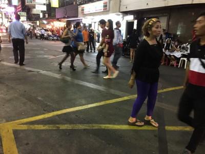 タイ・夜の女性の特徴