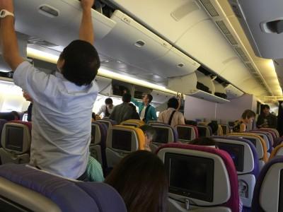 タイに行く旅行者の男女比は2対1